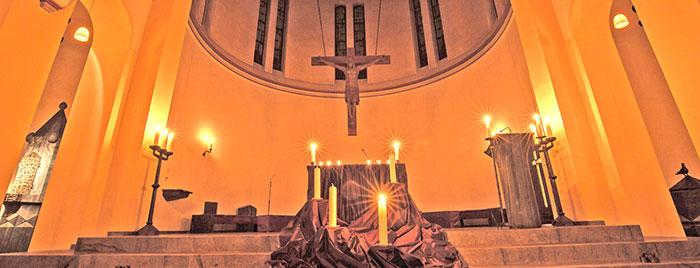 Adventliche Stimmung in der Herz Jesu Kirche © Stefan Rachow